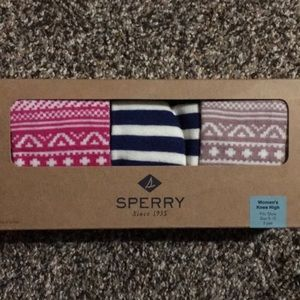 Sperry Accessories - 🚨FINAL PRICE🚨NWT. Sperry Women's Knee High Socks